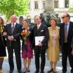 Ladislaus Edmund Batthyány mit Maria Anna, nach der standesamtlichen Trauung mit beiden Eltern