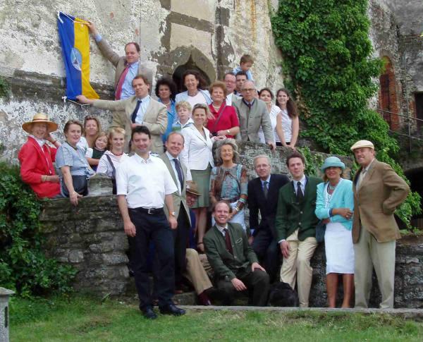 Die Familie an einem der jährlichen Familientage auf Burg Güssing