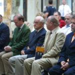 Mitglieder der Familie Batthyány bei der Eröffnung der Batthyány Lajos Ausstellung in Körmend mit dem Komitatspräsidenten und dem Bürgermeister